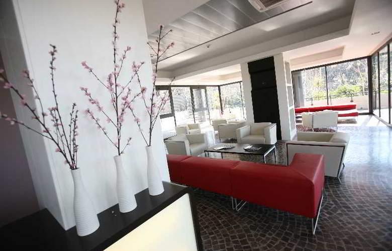 Idea Hotel Roma Nomentana - General - 1