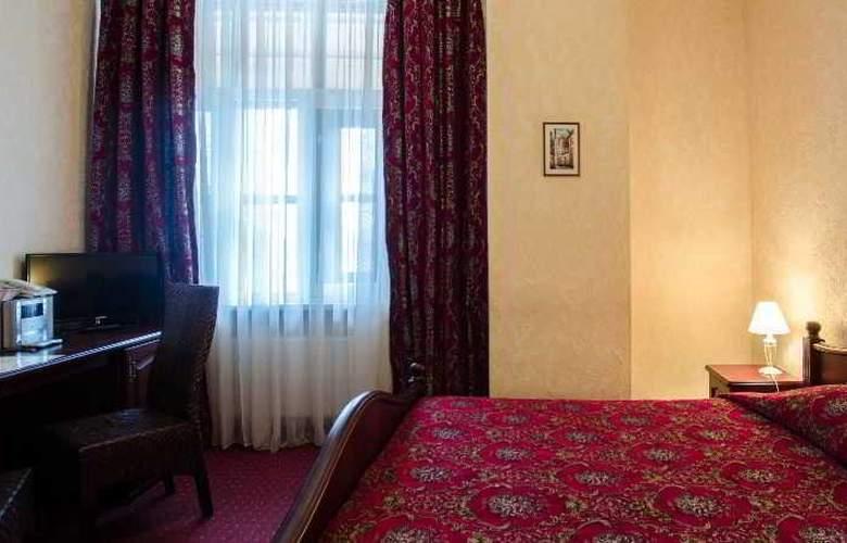 Monte Kristo - Room - 9