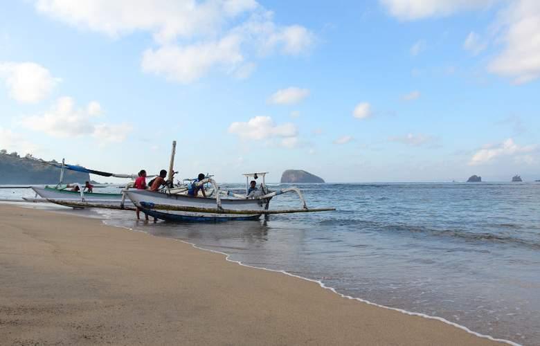 Bali Seaside Beach Club - Beach - 12