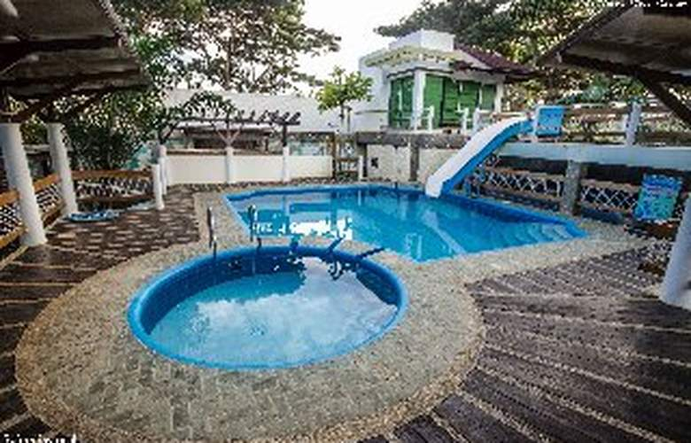 Althea's Place Palawan - Pool - 12