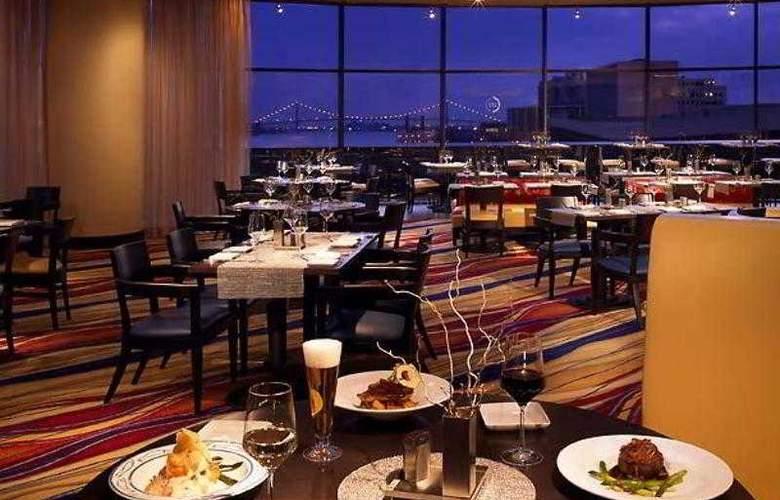 Detroit Marriott at the Renaissance Center - Hotel - 17