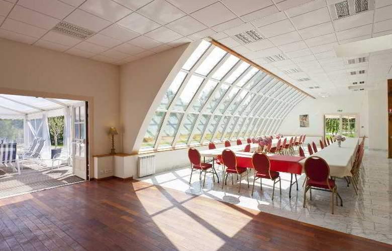 Chateau Hotel Du Colombier - Conference - 6