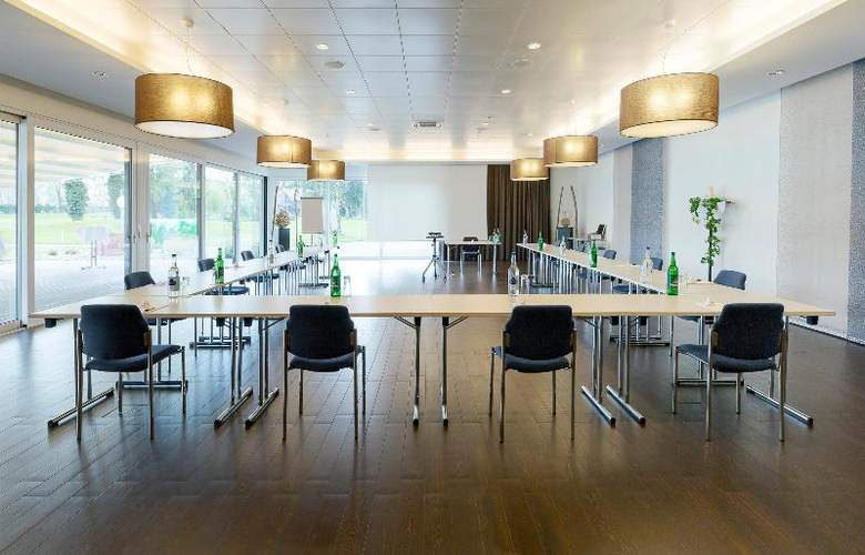 Aarau-West Swiss Quality Hotel - Conference - 8