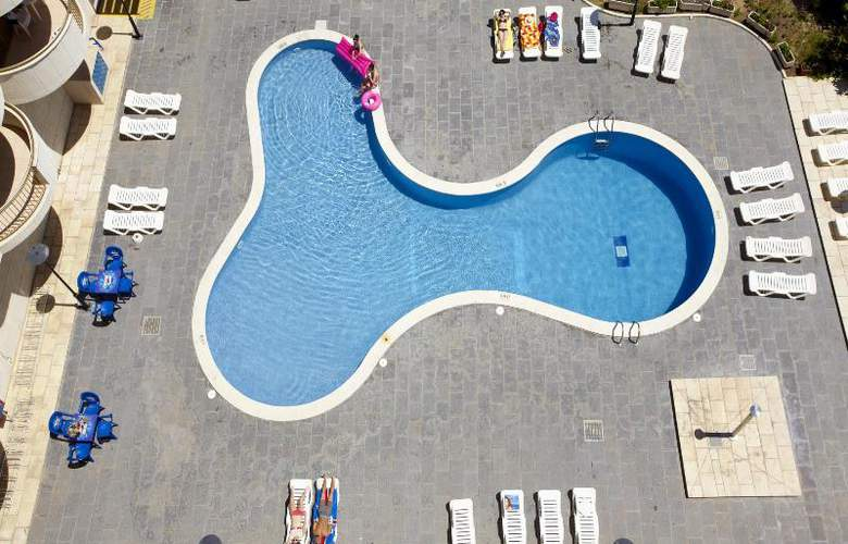 Salou Beach by Pierre & Vacances - Pool - 3
