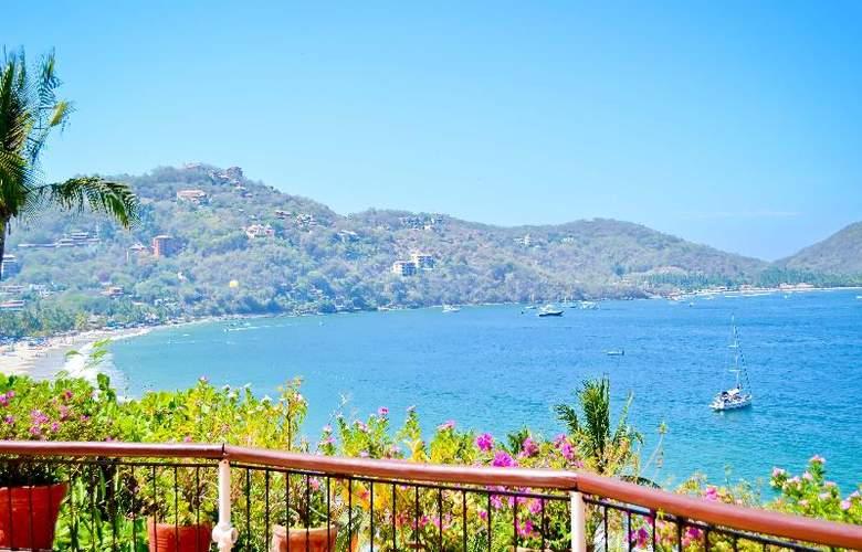 Catalina Beach Resort - Terrace - 53