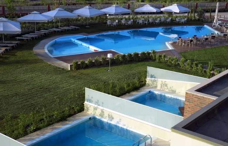 Thessalikon Grand - Pool - 9