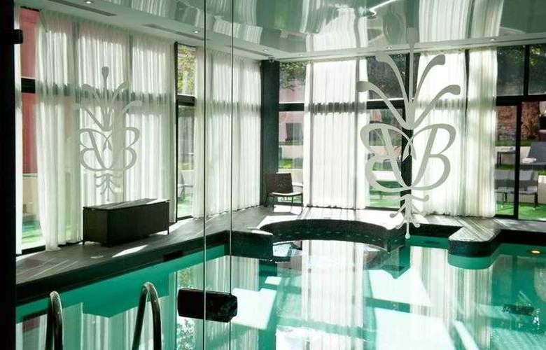 Best Western Grand Monarque - Hotel - 20