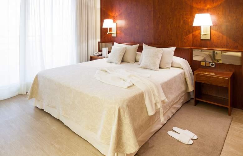 Royal Plaza - Room - 5