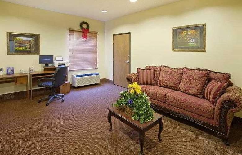 Best Western Teal Lake Inn - Hotel - 18