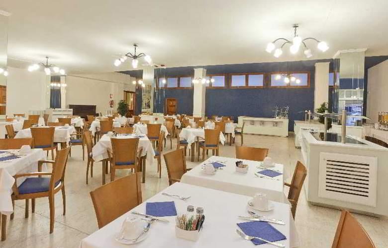 Fergus Soller Beach - Restaurant - 5