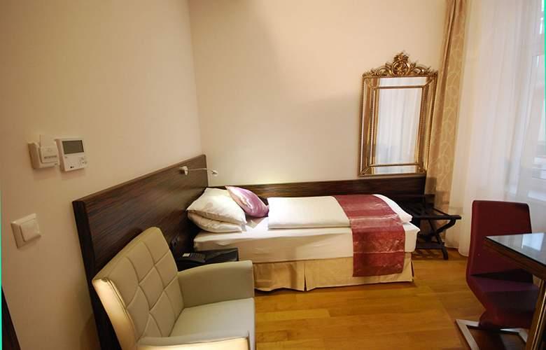 Best Western Plus Hotel Arcadia - Room - 93