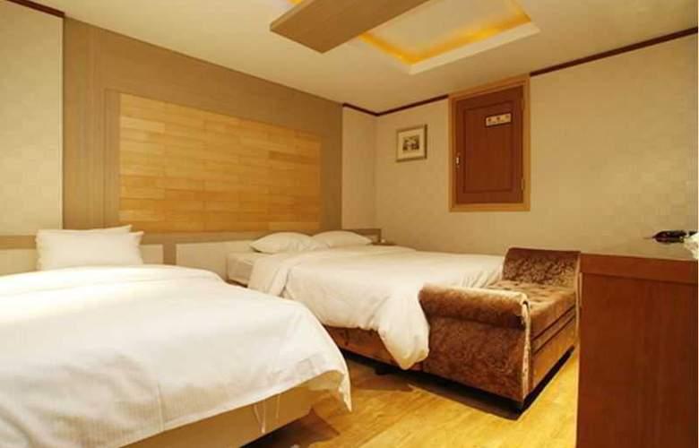 Tobin Tourist Hotel - Room - 14