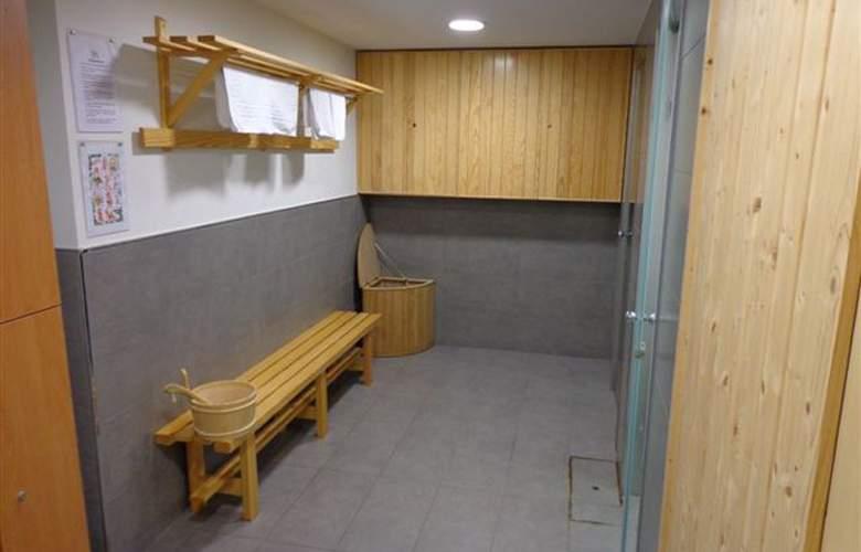 Hostel Soria (ex-Art Spa) - Services - 4