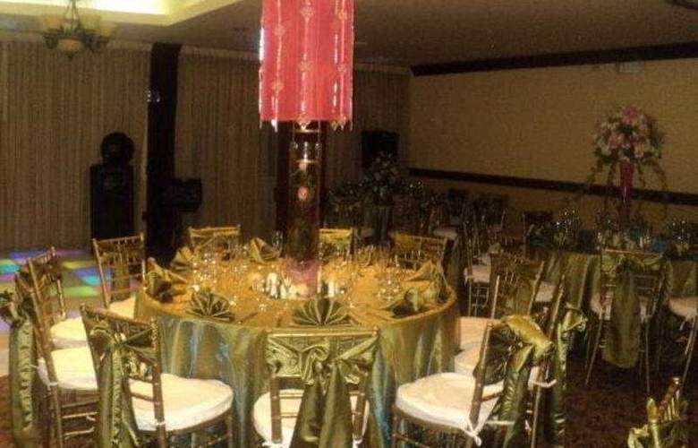 Clarion Hotel San Pedro Sula - Restaurant - 3