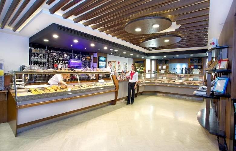 Ramada by Wyndham Istanbul Old City - Restaurant - 12