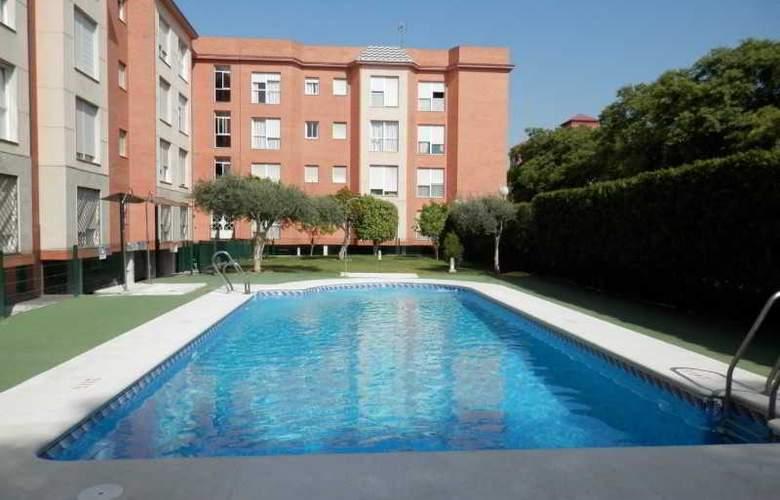 Apartamentos Vértice Bib Rambla - Pool - 11