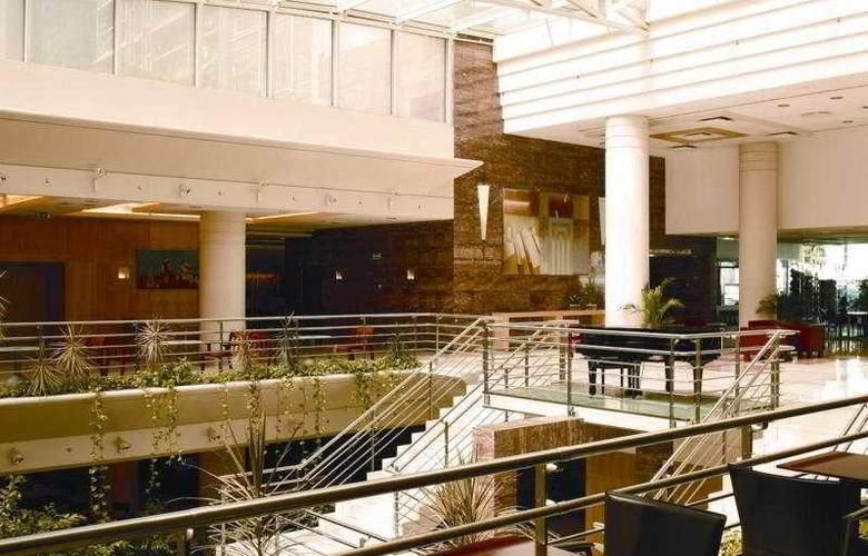 VIP Executive Entrecampos Hotel & Conference - General - 2