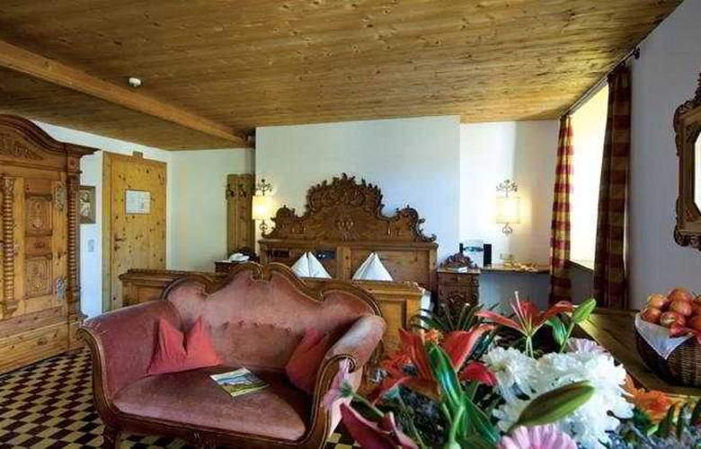 Schlosshotel Rosenegg - Room - 4