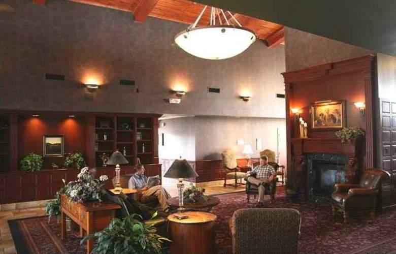 Hampton Inn & Suites Scottsburg - Hotel - 1