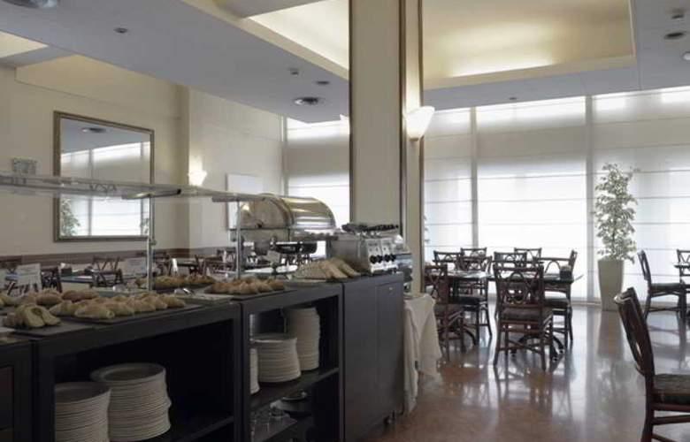 NH La Spezia - Restaurant - 17