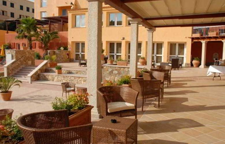 Hotel Residence Le Nereidi - Terrace - 10