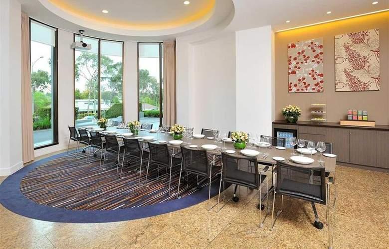 Novotel Melbourne Glen Waverley - Restaurant - 72