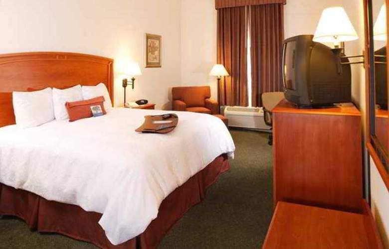 Hampton Inn By Hilton Saltillo - Hotel - 10