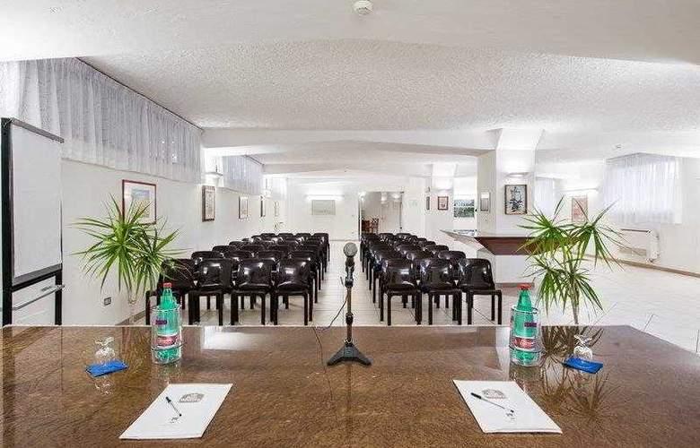 BEST WESTERN La Baia Palace Hotel - Hotel - 3