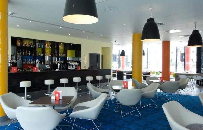Park Inn by Radisson Manchester City Centre - Bar - 5