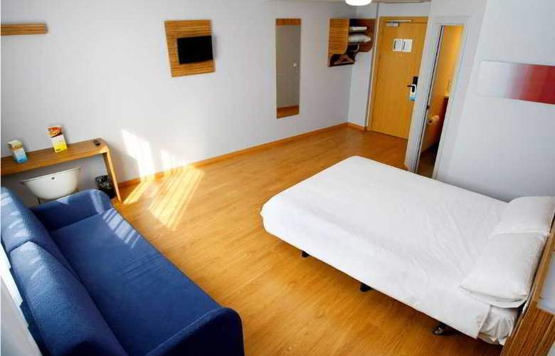 Travelodge Valencia Aeropuerto - Room - 8