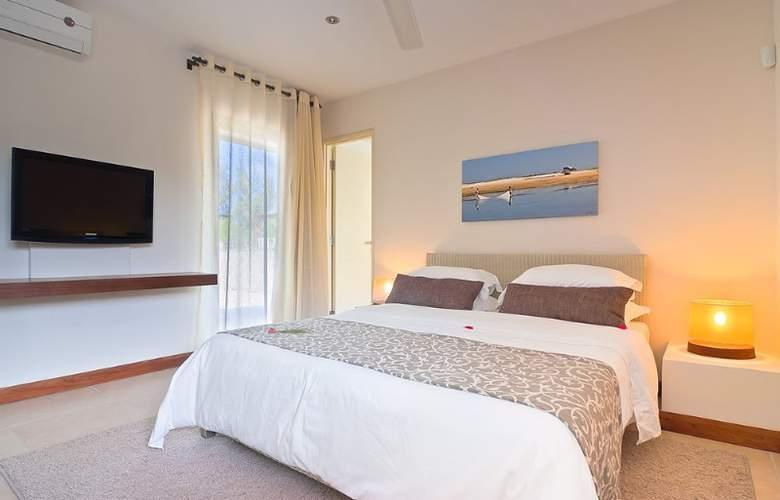Bon Azur Elegant Suites & Penthouses - Room - 4