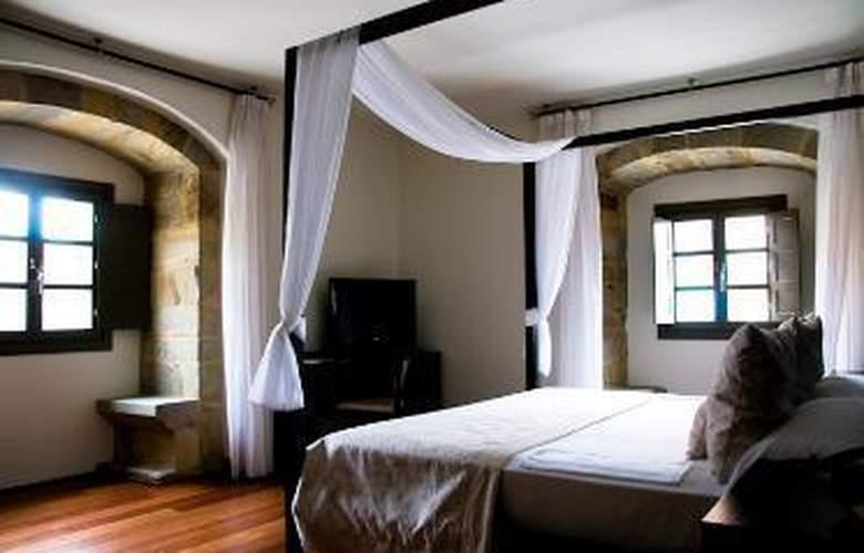 Domus Selecta Palacio De Meras Hotel And Spa - Room - 1