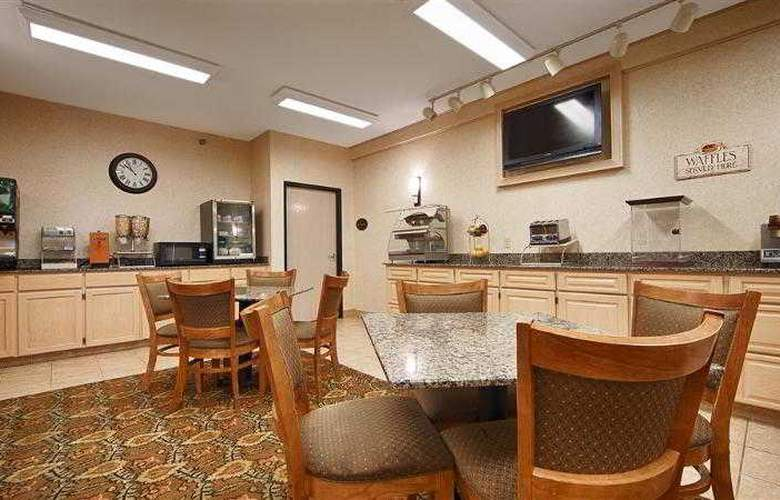 Best Western Plus Macomb Inn - Restaurant - 78
