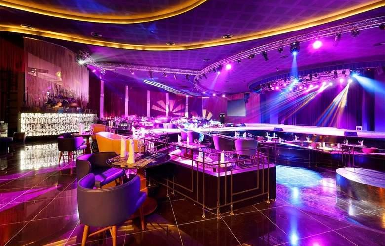 Grand Palladium Colonial Resort & Spa - Restaurant - 47