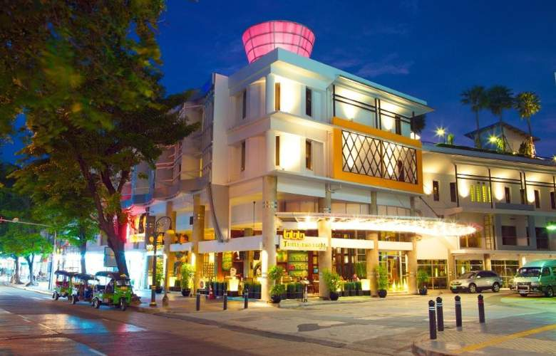 Triple Two Silom - Hotel - 0
