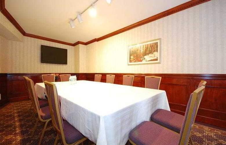 Best Western Plus Seaport Inn Downtown - Hotel - 17