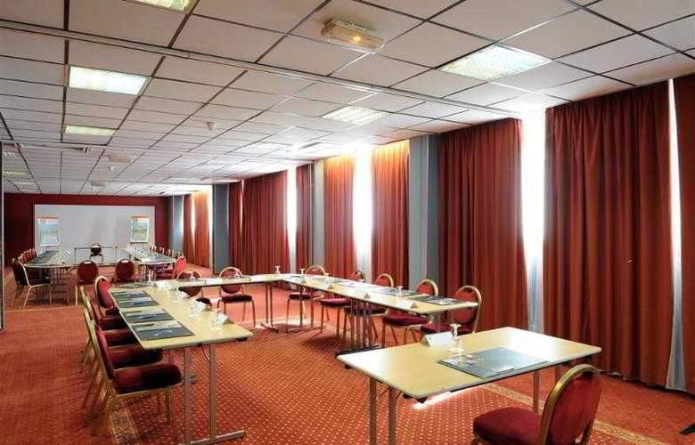 Atrium Arles - Hotel - 10