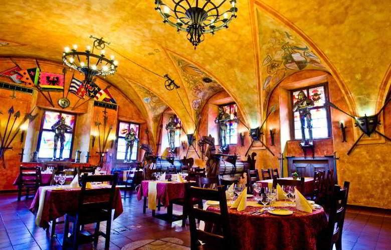 Kampa - Stará Zbrojnice - Restaurant - 4