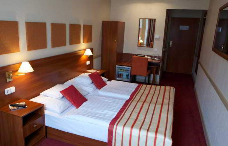 City Inn - Room - 4