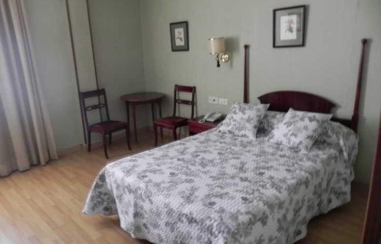 Sierra Aracena - Room - 41