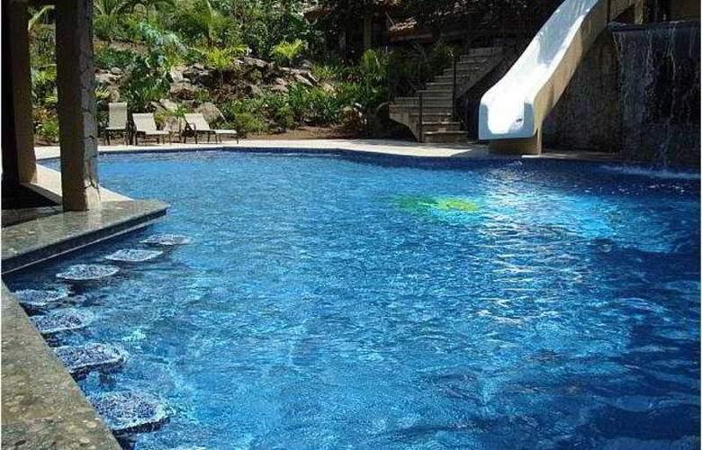 Villas Hermosa Heights - Pool - 1