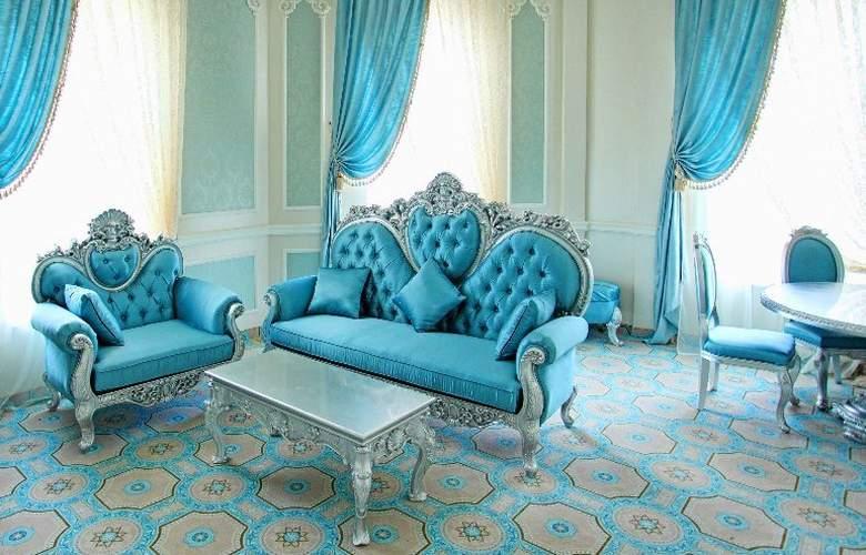 Royal Grand Hotel - Hotel - 3