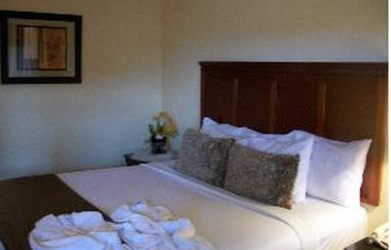Howard Johnson Express Inn South San Francisco - Room - 3