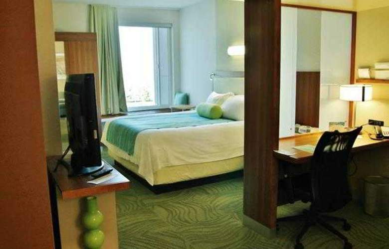 SpringHill Suites Grand Junction Downtown - Hotel - 8