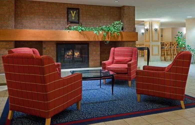 Holiday Inn Express Toronto East - General - 19