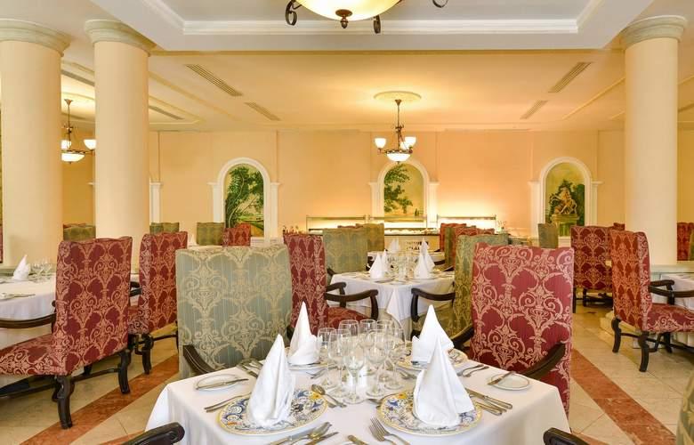 Iberostar Selection Ensenachos - Restaurant - 19