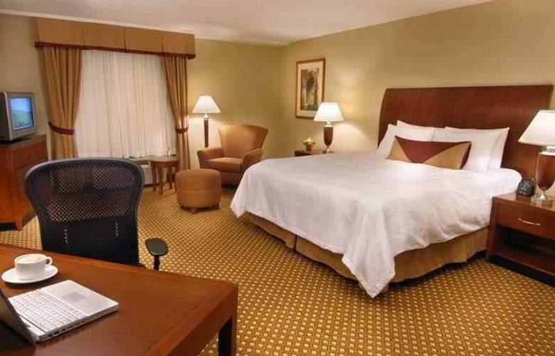 Hilton Garden Inn Toronto Vaughan - Hotel - 5