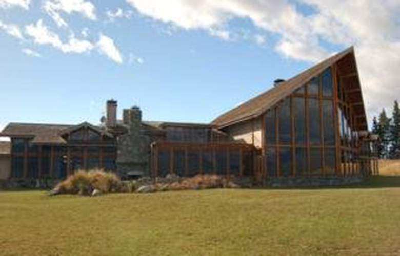 Fiordland Lodge - Hotel - 0
