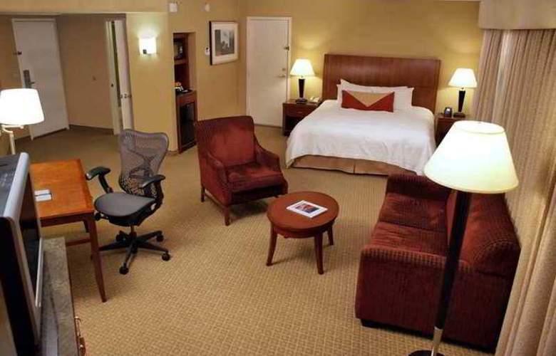 Hilton Garden Inn Monterey - Hotel - 5