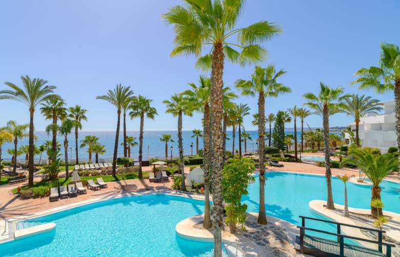 H10 Estepona Palace - Pool - 16
